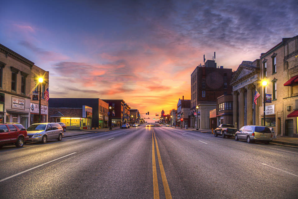 Hannibal Missouri Marion County Photo taken on November 6, 2019 Great River Road Series A view of Broadway street from Main looking west at dusk with a beautiful sunset on the horizon. (Hannibal Missouri Marion County Photo taken on Nov