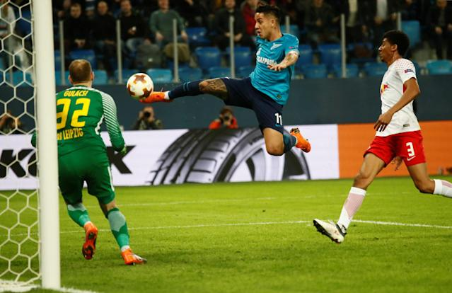 Soccer Football - Europa League Round of 16 Second Leg - Zenit Saint Petersburg vs RB Leipzig - Stadium St. Petersburg, Saint Petersburg, Russia - March 15, 2018 Zenit St. Petersburg's Sebastian Driussi scores their first goal REUTERS/Maxim Shemetov