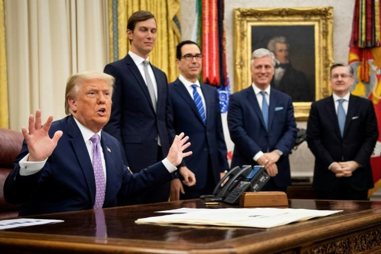 US President Donald Trump has been reluctant to wear a face covering to fight the spread of coronavirus, even when several people stand within close proximity in the Oval Office
