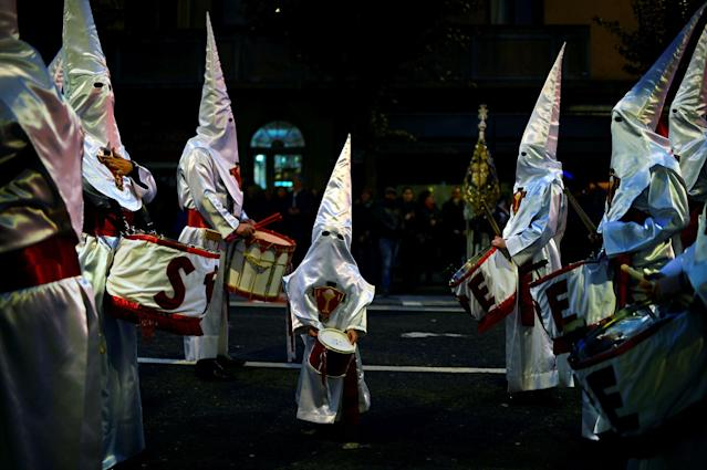 <p>Penitents take part in the Procession del Nazareno as Easter processions take place throughout Spain during Holy Week, in Bilbao, Spain, March 26, 2018. (Photo: Vincent West/Reuters) </p>