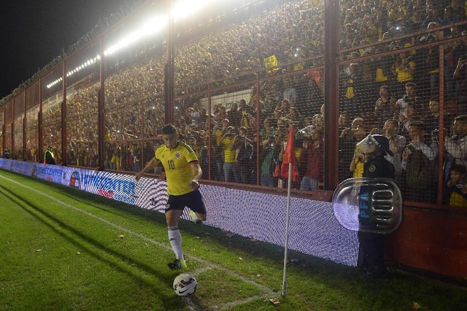 Colombia's James Rodriguez kicks the ball during a friendly match against Costa Rica, in preparation for the Copa America tournament, at the Diego Armando Maradona Stadium in Buenos Aires, on June 6, 2015 (AFP Photo/Eitan Abramovich)