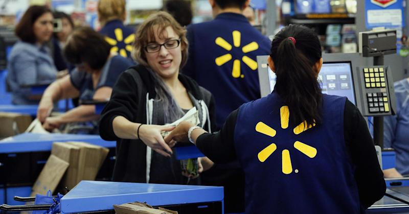 Wal-Mart sues Visa for requiring signatures on chip debit card transactions