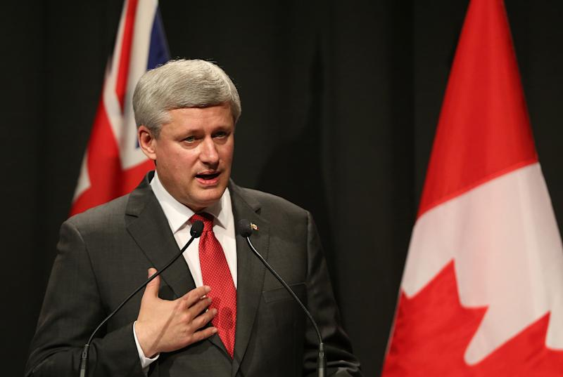 Canada's Prime Minister Stephen Harper speaks during a press conference in Auckland, New Zealand, on November 14, 2014 (AFP Photo/David Rowland)