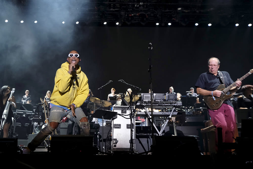 <p>INDIO, CA – APRIL 16: Pharrell Williams and Hans Zimmer perform on the Outdoor Theatre during day 3 of the Coachella Valley Music And Arts Festival (Weekend 1) at the Empire Polo Club on April 16, 2017 in Indio, California. (Photo by Frazer Harrison/Getty Images for Coachella) </p>
