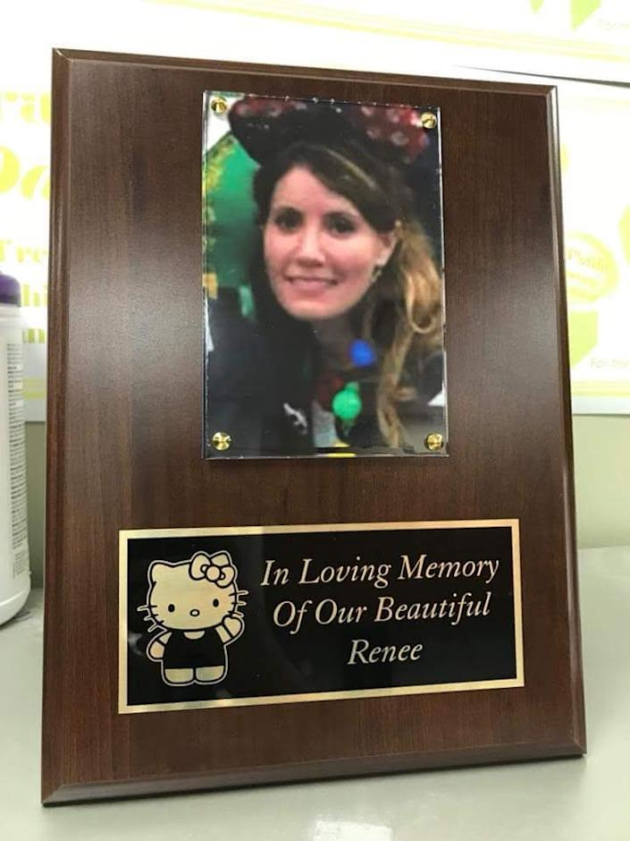 A memorial plaque honors Renee Isadore's memory at Christ Medical Center in Oak Lawn (Photo courtesy of Linda Vahl)