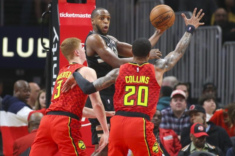 NBA roundup: Bucks rout Hawks without Giannis (back)