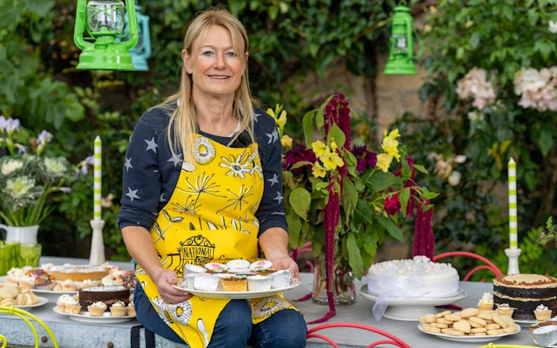 Dining out: Bunny Guinness with the table laid for a garden party - Andrew Crowley