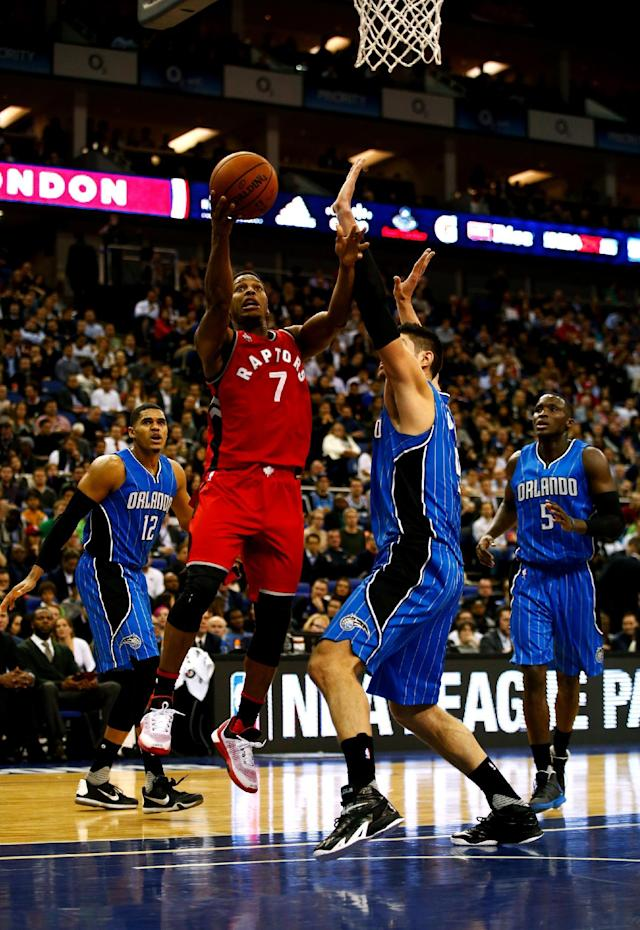 LONDON, ENGLAND - JANUARY 14: Kyle Lowry #7 of the Toronto Raptors in action during the 2016 NBA Global Games London match between Toronto Raptors and Orlando Magic at The O2 Arena on January 14, 2016 in London, England. (Photo by Clive Rose/Getty Images)