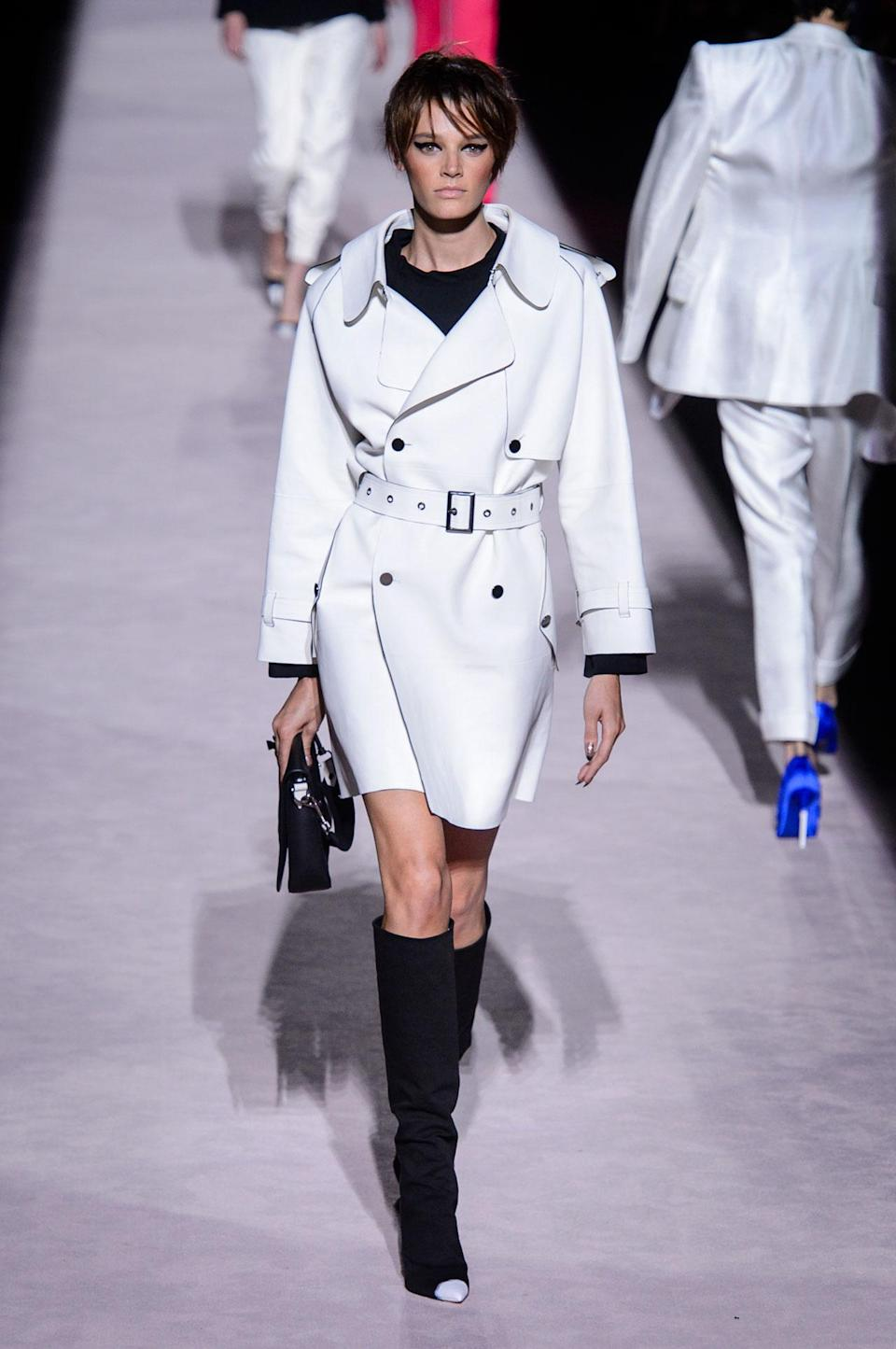 <p>White belted trench coat from the SS18 Tom Ford collection. (Photo: ImaxTree) </p>