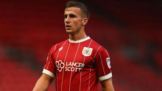 "<p><strong>Transfer: Bristol City to Newcastle United</strong></p> <br><p>Joe Dummett's hamstring injury has convinced Newcastle United boss Rafa Benitez to invest in a new left-back and Bristol City's Joe Bryan, who played against the Magpies in the Championship last season, has had his name <a href=""http://www.90min.com/posts/5404923-newcastle-turn-to-bristol-city-s-joe-bryan-after-losing-paul-dummett-to-injury"" rel=""nofollow noopener"" target=""_blank"" data-ylk=""slk:crop"" class=""link rapid-noclick-resp"">crop</a> up.</p>"