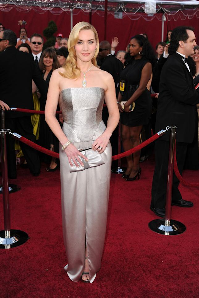 Kate Winslet arrives at the 82nd Annual Academy Awards held at Kodak Theatre on March 7, 2010 in Hollywood, California.