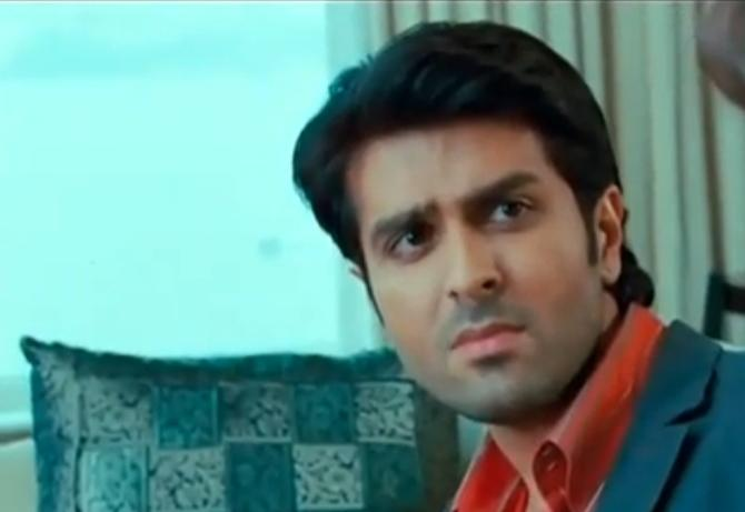 Despite being from a filmy family, Harman received a professional training on acting at the Kishore Namit Kapoor Acting Institute in Mumbai, and then flew to the US to sharpen up his skills at the University of California. Following numerology, he changed his name to 'Harman S Baweja'. Before formally debuting with Love Story 2015, he had worked as a co-producer in the 2002 Hansal Mehta movie, <em>Yeh Kya Ho Raha Hai.</em>