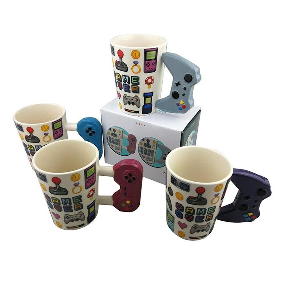 <p>How cool are these <span>Game Controller Ceramic Mugs</span> ($20)?</p>
