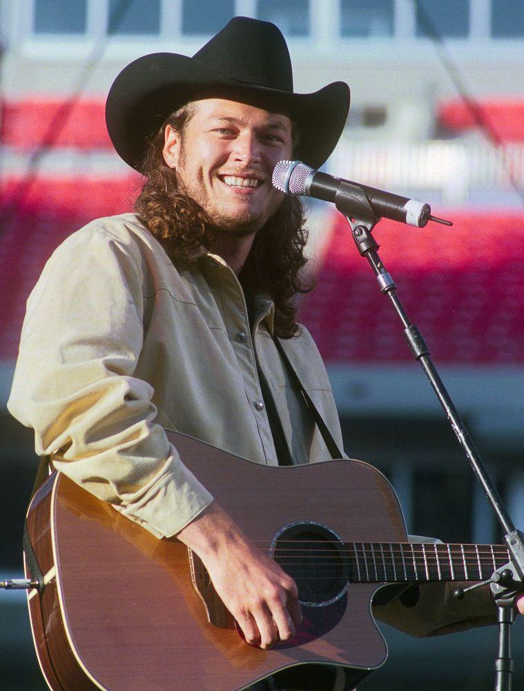 Blake Shelton in 2002 | Alan L. Mayor/Getty Images