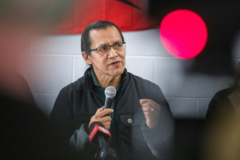 Wet'suwet'en hereditary chief Woos speaks during a press conference at the Mohawk Community Centre in Tyendinaga, Ontario, on February 21 (AFP Photo/Lars Hagberg)