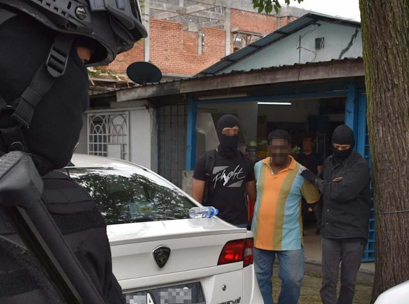 Counter-terrorism police carry out an operation against suspected Liberation Tigers of Tamil Eelam (LTTE) sympathisers in Sungai Buloh October 10, 2019. — Picture courtesy of PDRM