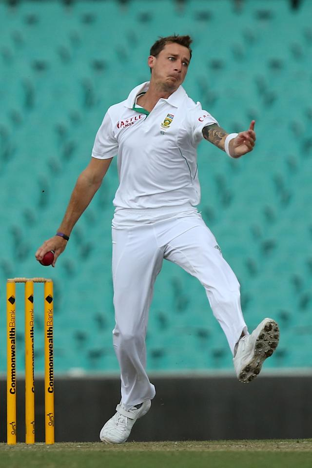 SYDNEY, AUSTRALIA - NOVEMBER 03:  Dale Steyn of South Africa bowls during day two of the International TOur Match between Australia A and South Africa at Sydney Cricket Ground on November 3, 2012 in Sydney, Australia.  (Photo by Chris Hyde/Getty Images)