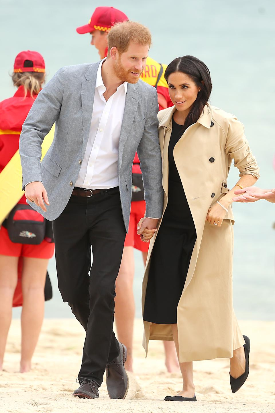 Meghan wearing Rothy's pumps during a visit to Melbourne Beach, Australia on October 18, 2018. (Getty Images)