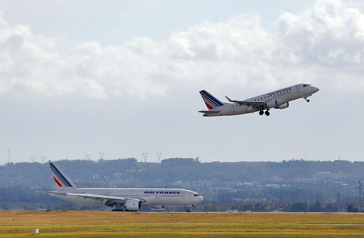 Researchers in Britain have found that <span>climate change could cause increased turbulence</span> for transatlantic flights by between 10 and 40 percent by 2050. (ALEXANDER KLEIN/AFP/GettyImages)