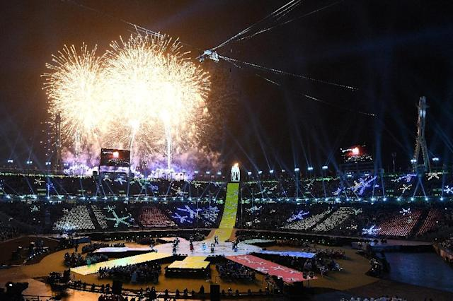 Fireworks erupt during the closing ceremony of the Pyeongchang 2018 Winter Paralympic Games (AFP Photo/JUNG Yeon-Je)