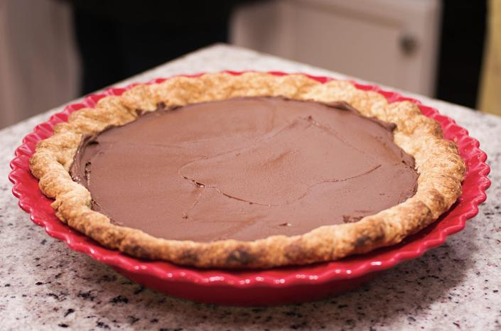 "A coat of chocolate can help keep a pie's filing in place. <p class=""copyright"">Animas Photography / Shutterstock</p>"