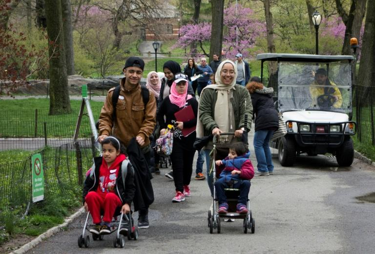 During five days of the school spring break 150 refugees were treated to a guided tour of New York