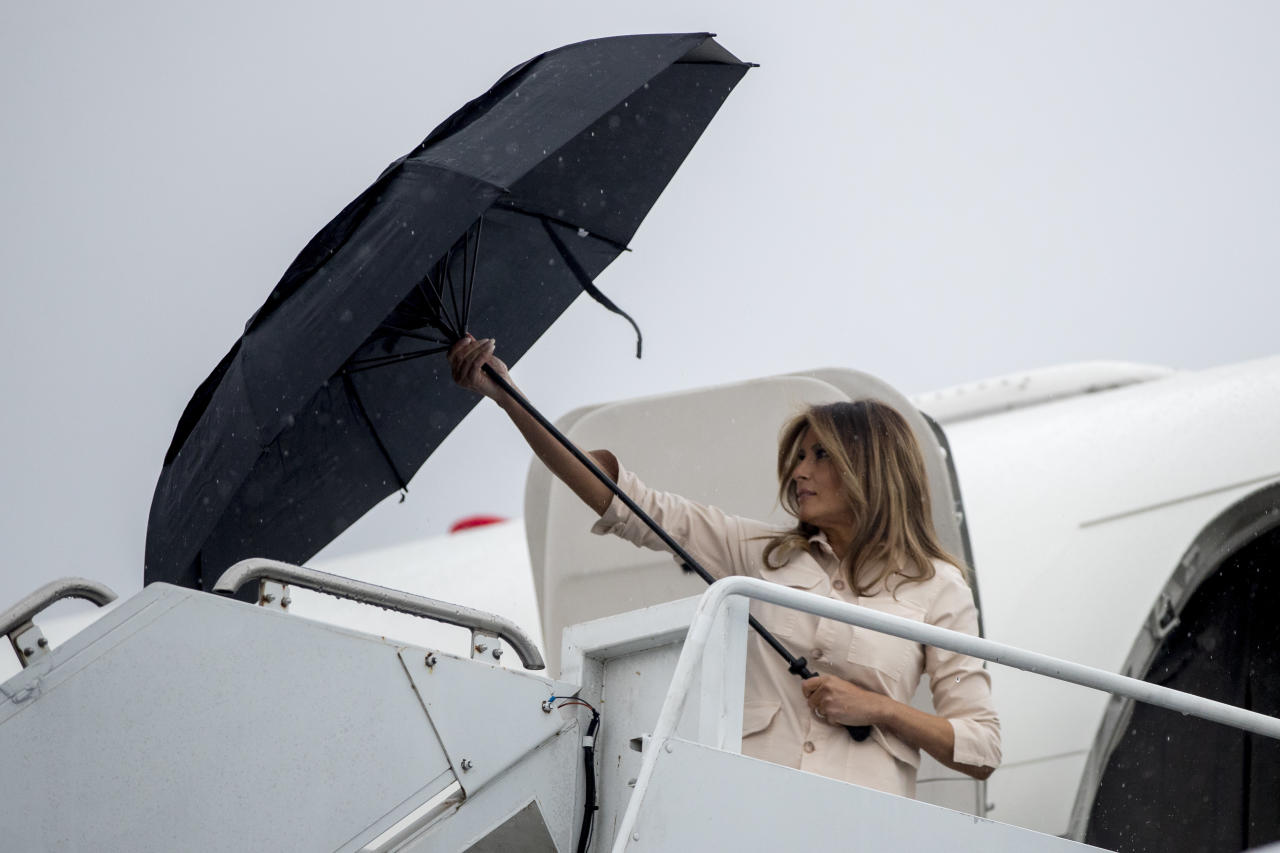 <p>First lady Melania Trump arrives at McAllen Miller International Airport in McAllen, Texas, Thursday, June 21, 2018, to visit the Ursula Border Patrol Processing Center and the Upbring New Hope Children Center run by the Lutheran Social Services of the South. (Photo: Andrew Harnik/AP) </p>