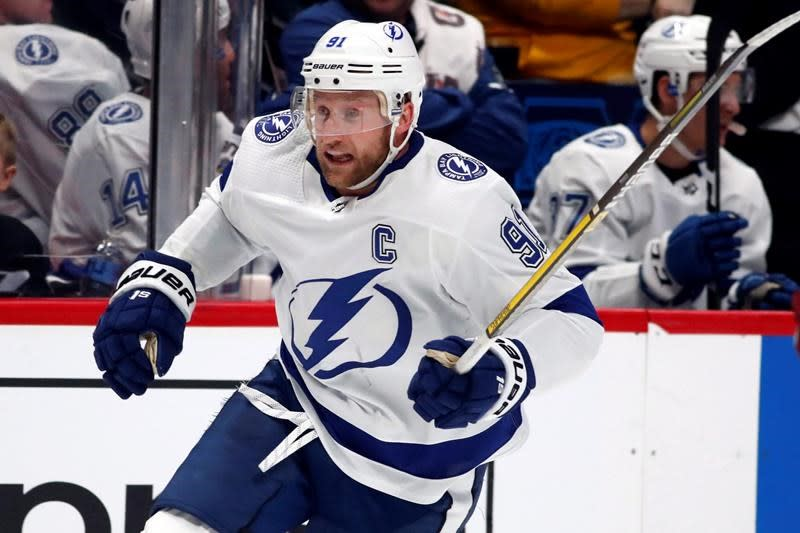 Lightning captain Steven Stamkos ruled out of East final