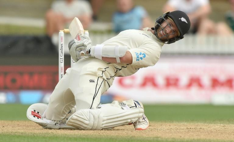 New Zealand captain Kane Williamson dodges a bouncer from England's Jofra Archer on day four of the second Test
