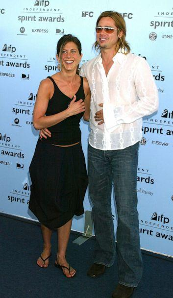 PHOTO: Jennifer Aniston & Brad Pitt arrive at The 18th Annual IFP Independent Spirit Awards, March 22, 2003. (Jeffrey Mayer/WireImage via Getty Images, FILE)
