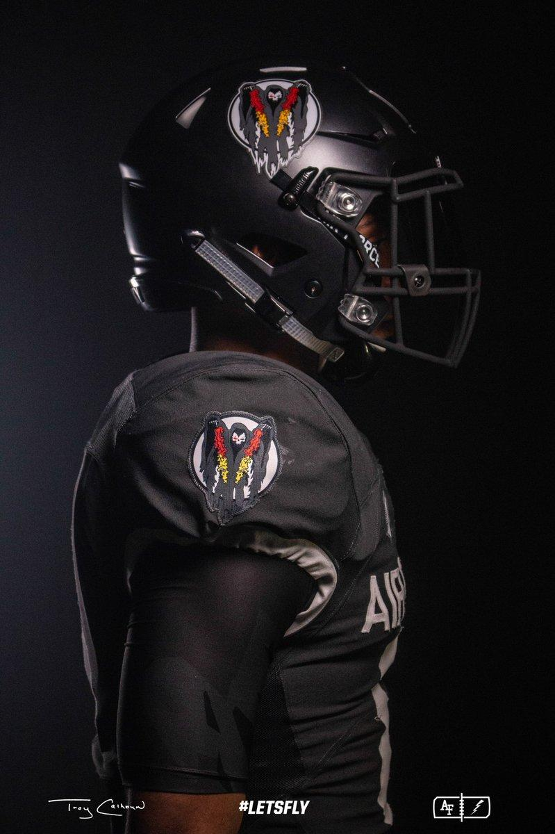 Air Force s new alternate uniforms are fantastic (Photos) c7ff245adf91