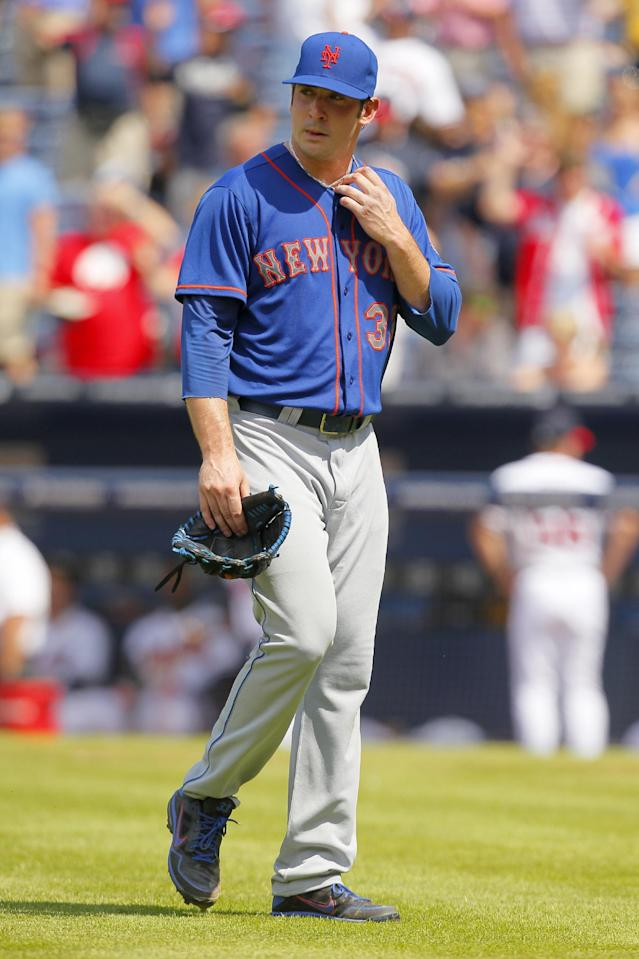 New York Mets starting pitcher Matt Harvey (33) is pulled from a baseball game in the eighth inning of the first game in a doubleheader against the Atlanta Braves on Tuesday, June 18, 2013, in Atlanta. (AP Photo/Todd Kirkland)