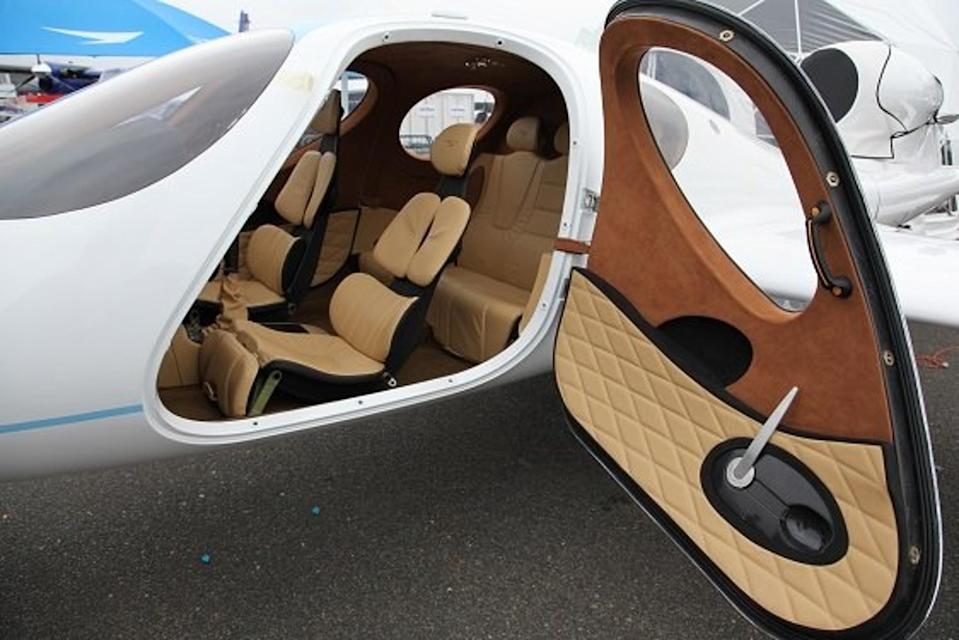 The jet has been designed to look like a standard car on the inside. (CEN)