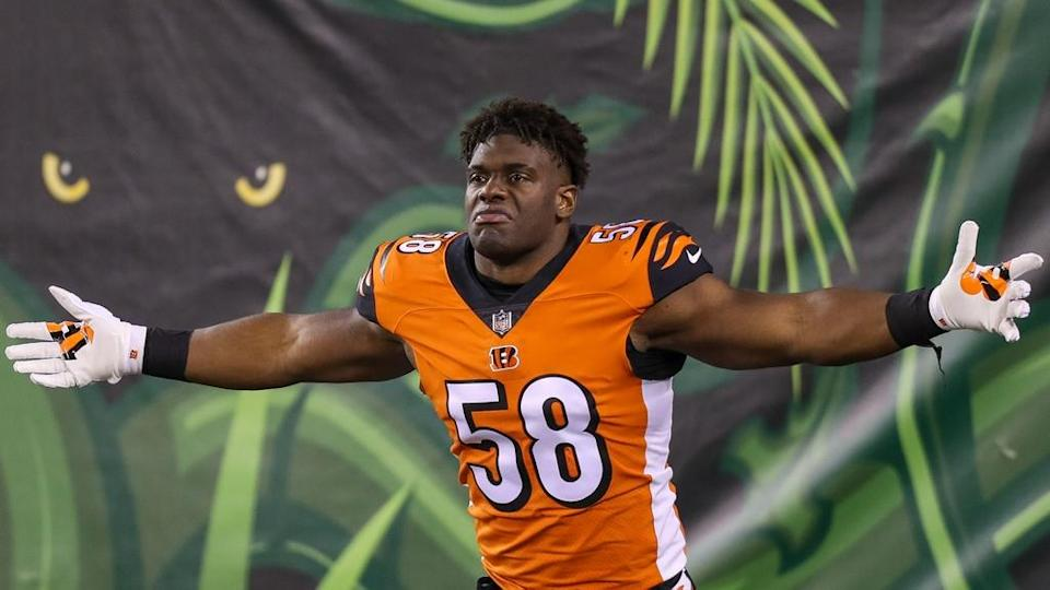 Cincinnati Bengals defensive end Carl Lawson (58) reacts while running onto the field prior to the game against the Pittsburgh Steelers at Paul Brown Stadium.