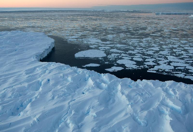 The UN's Intergovernmental Panel on Climate Change reported in 2013 that ice loss from Antarctica probably increased from 30 billion tonnes a year in the decade to 2001 to 147 billion tonnes annually in the following decade (AFP Photo/Torsten Blackwood)