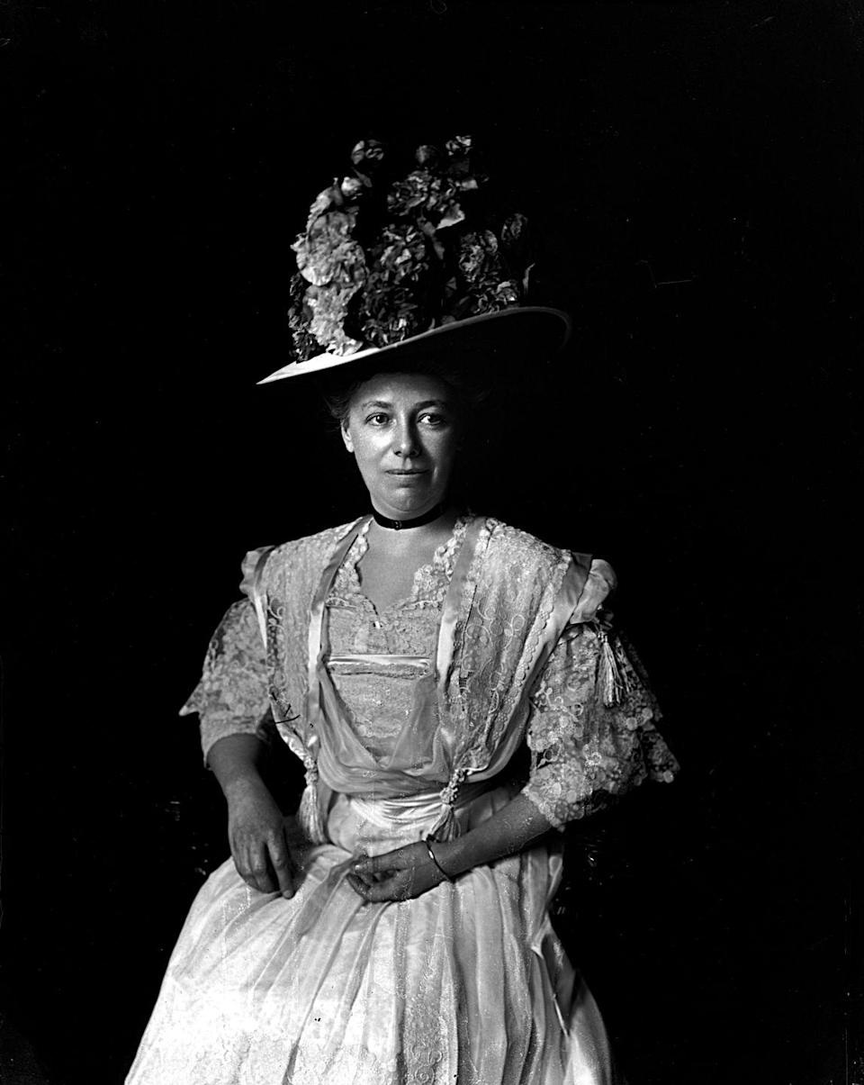 "<p>The ""H"" in ""Helen Herron Taft"" stands for ""hats."" Okay, maybe not like officially, but the former first lady was known to have a large collection back in the day. She was also the first first lady <a href=""https://style.time.com/2013/01/18/belles-of-the-ball-an-insiders-look-at-inaugural-gowns/slide/helen-taft-1909-the-dress-that-started-it-all/"" rel=""nofollow noopener"" target=""_blank"" data-ylk=""slk:to donate"" class=""link rapid-noclick-resp"">to donate</a> her inaugural gown for public display.</p>"