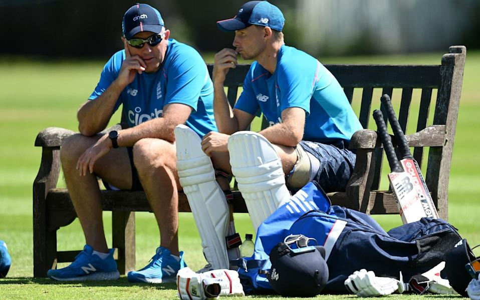 England's coach, Chris Silverwood, and captain, Joe Root - GETTY IMAGES