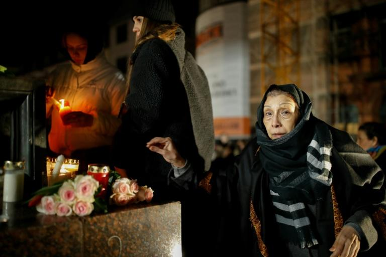 People gathered in Hanau to pay their respects to the victims, bringing candles and roses