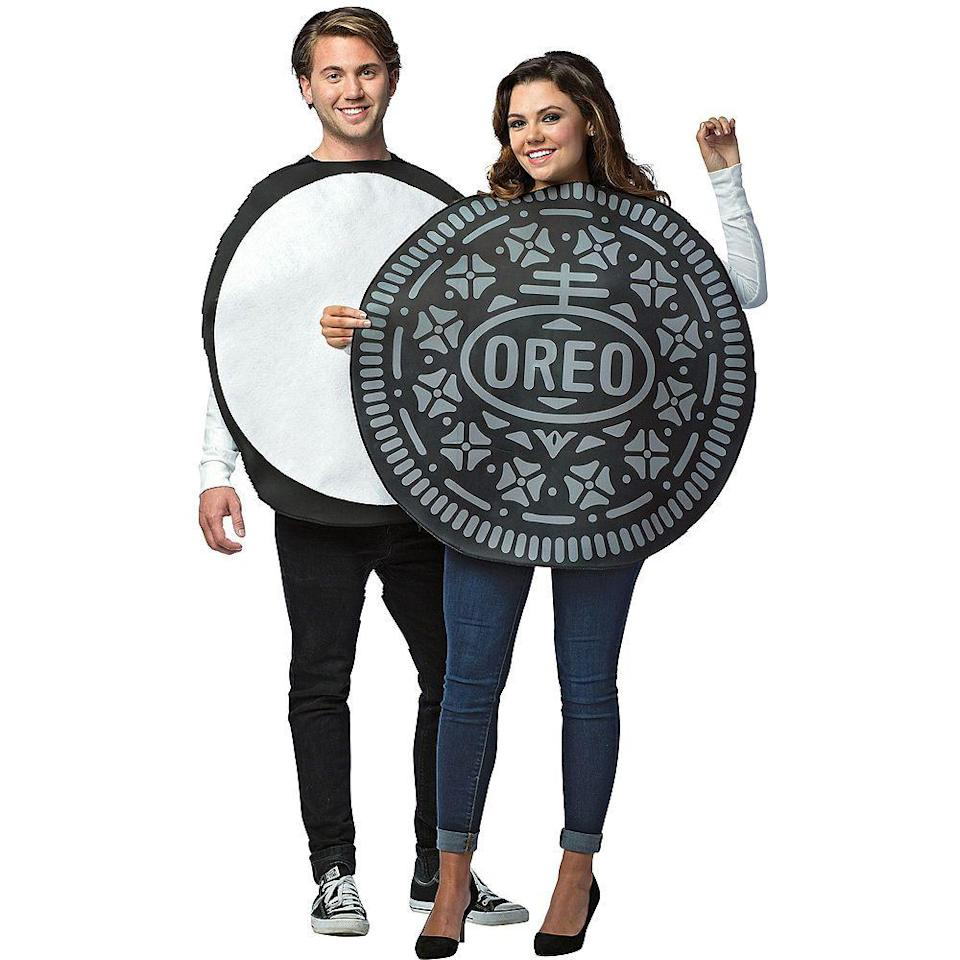 """<p><strong>See All Food Costumes</strong></p><p>partycity.com</p><p><strong>$49.99</strong></p><p><a href=""""https://go.redirectingat.com?id=74968X1596630&url=https%3A%2F%2Fwww.partycity.com%2Fadult-oreos-couples-costume-P756855.html&sref=https%3A%2F%2Fwww.delish.com%2Fholiday-recipes%2Fhalloween%2Fg21763230%2Fbest-friend-halloween-costumes%2F"""" rel=""""nofollow noopener"""" target=""""_blank"""" data-ylk=""""slk:BUY NOW"""" class=""""link rapid-noclick-resp"""">BUY NOW</a></p><p>Milk's favorite cookie x2. </p>"""