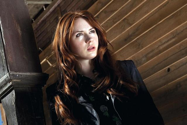 Doctor Who and Guardians of the Galaxy actress Karen Gillan joins Dwayne Johnson, Jack Black, Kevin Hart, and Nick Jonas in the cast of the upcoming film Jumanji, a sequel to the hit 1995 film of the same name.