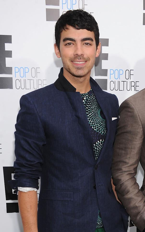 """<b>Joe Jonas</b><br><br>He's an international recording mega-star, who -- with his brothers -- has sold 20 million units, starred in two hit TV shows and sold out concerts worldwide. He recently released his debut solo album, """"Fastlife."""""""