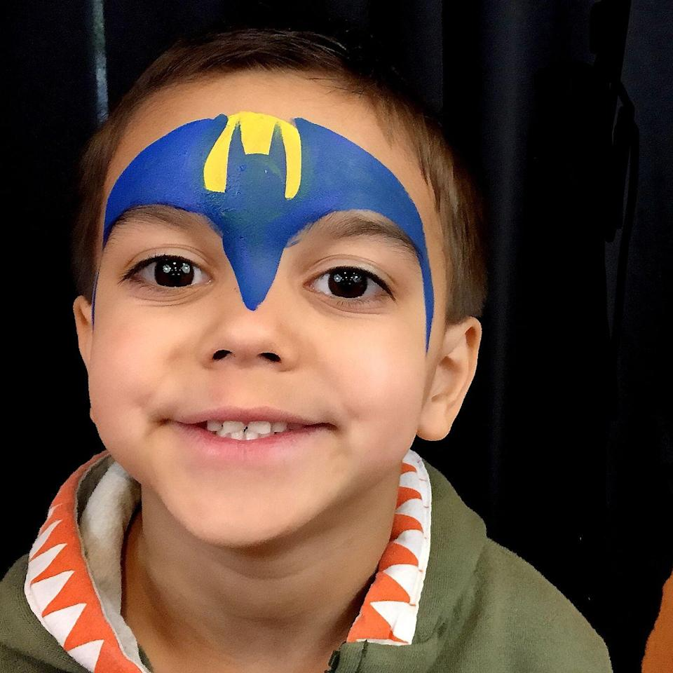 "<p>Add this simple two-color mask to finish your little Batman or Batgirl's disguise.<br><br><em><a href=""http://www.justplaincrazyfaceart.com/"" rel=""nofollow noopener"" target=""_blank"" data-ylk=""slk:See more at Just Plain Crazy Face Art »"" class=""link rapid-noclick-resp"">See more at Just Plain Crazy Face Art »</a></em><br></p>"