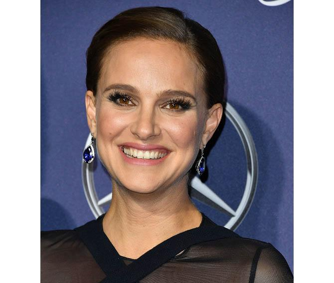 Natalie Portman at the Palm Springs International Film Festival in Tiffany tanzanite, diamond, black onyx and platinum earrings Photo by Steve Granitz/WireImage