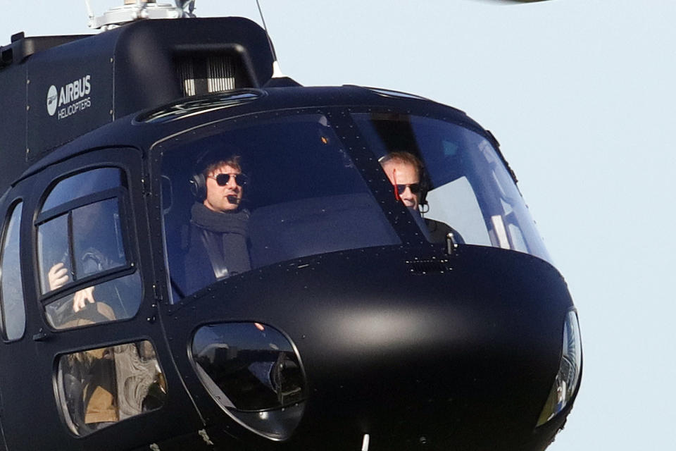 Tom Cruise seen arriving in Paris by helicopter, France, on april 24, 2017. (Photo by Mehdi Taamallah/NurPhoto via Getty Images)
