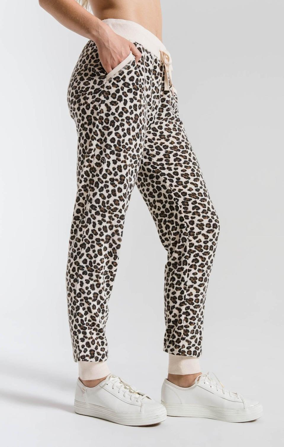<p><span>The Brushed Leopard Jogger</span> ($62) is the type of gift you give someone toward the end of their pregnancy so they have something to look forward to. Since most of their pre-baby clothing won't fit and they'll likely want to live in cozy clothes, this leopard-print pant is a perfect option. She can throw on cute sneakers and head outside with her stroller looking super chic.</p>