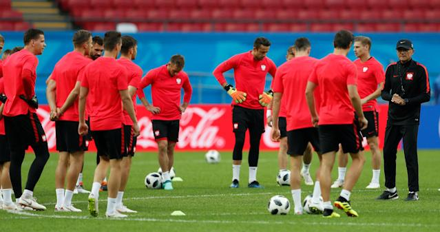 Soccer Football - World Cup - Poland Training - Kazan Arena, Kazan, Russia - June 23, 2018 Poland coach Adam Nawalka and players during training REUTERS/John Sibley