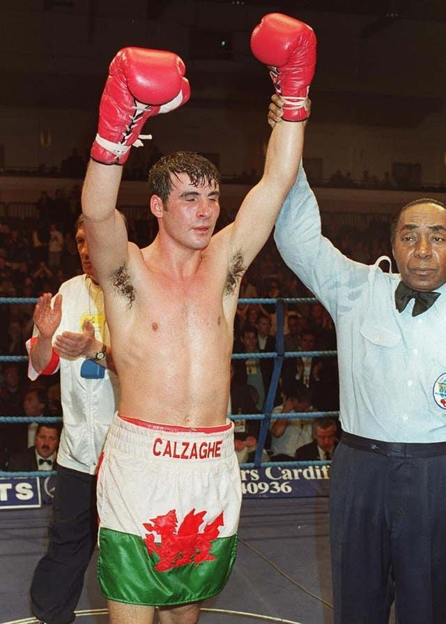 BOXING Calzaghe/arms raised