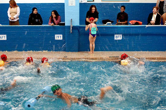 Children must learn to swim a lap of an Olympic pool before the end of primary school. Image: Getty