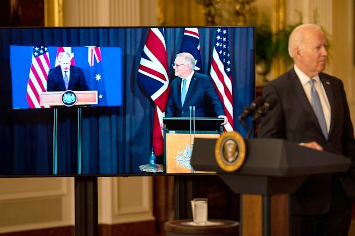 President Biden announces that the US will share nuclear submarine technology with Australia (Kent Nishimura / Los Angeles Times via Getty Images)