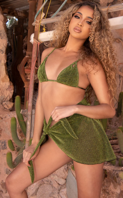 Pretty Little Thing Green Glitter Sarong, on sale for $16 (RRP $25). Photo: Pretty Little Thing.
